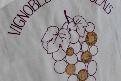 tablier-vignobles-beaujolais-by-tip-beyno-01